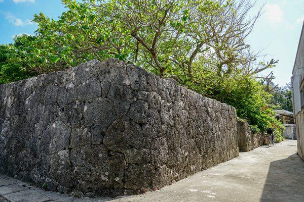 ユクミヤーの石垣